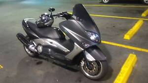 yamaha t max xp 500 black max edition 2006 maxiscooter Newstead Brisbane North East Preview