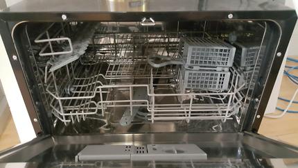 SMEG 1/2 Size Dishwasher
