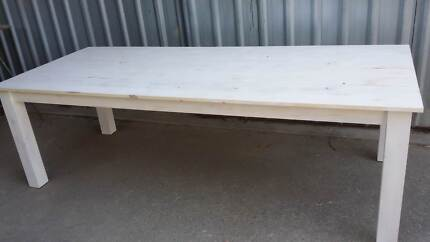 Rustic whitewashed pallet wood tables made to order. Lonsdale Morphett Vale Area Preview