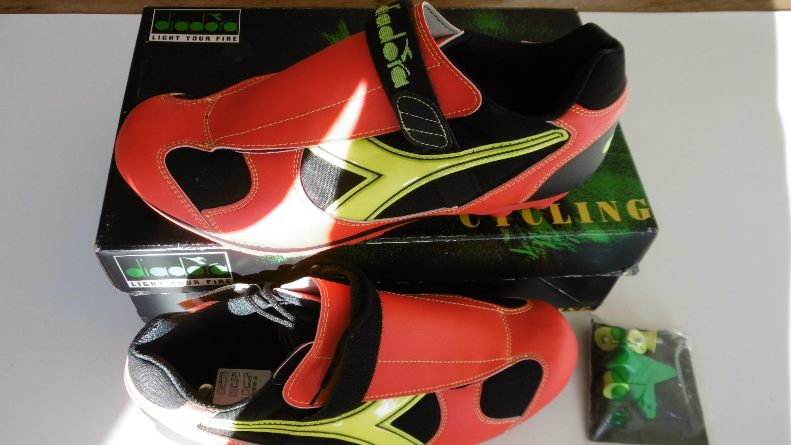 Diadora Jalapeno Team Size 45 New In Box