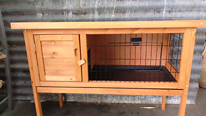 ❤SINGLE STORY HUTCH INDOOR & OUT DOOR Londonderry Penrith Area Preview