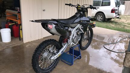YZ450F 2013 **SELLING CHEAP MUST GO!**