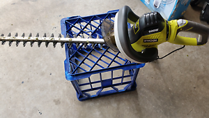 Ryobi hedge trimmer electric Bligh Park Hawkesbury Area Preview