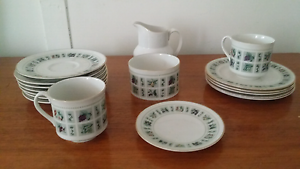 Royal Doulton China Tea Set (t.c. 1024) Mayfield East Newcastle Area Preview