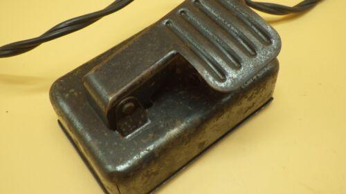 Vintage SINGER  All Metal Sewing Machine Foot  Controller