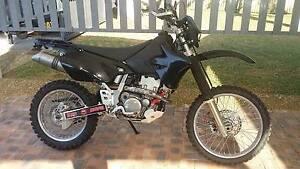 Suzuki DRZ400E. Thousands spent. Bought a bigger adventure bike. Glenview Caloundra Area Preview