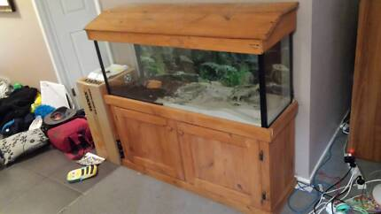 fish tank and stand 4ft Ingleburn Campbelltown Area Preview