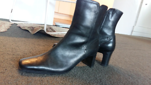 Sandler genuine leather boots 8B (38) Dynnyrne Hobart City Preview