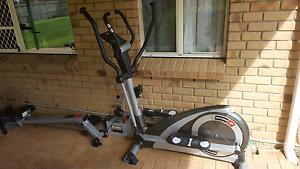 Bodyworx Elliptical Cross Trainer - Deluxe model E916 Alexandra Hills Redland Area Preview