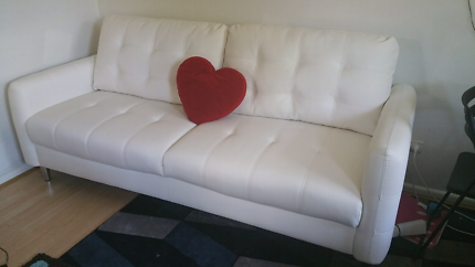 ☆☆Reduced price-Quebec Perfect Condition 3 seater Sofa☆☆