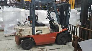 2.5T NISSAN FORKLIFT Welshpool Canning Area Preview