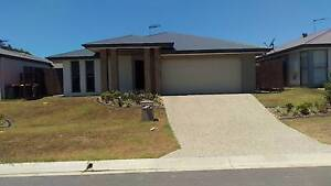 2 Rooms (one main) in Brand new house. NBN, ducted air con. LUG Mango Hill Pine Rivers Area Preview