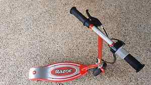 Razor E100 Scooter Brassall Ipswich City Preview