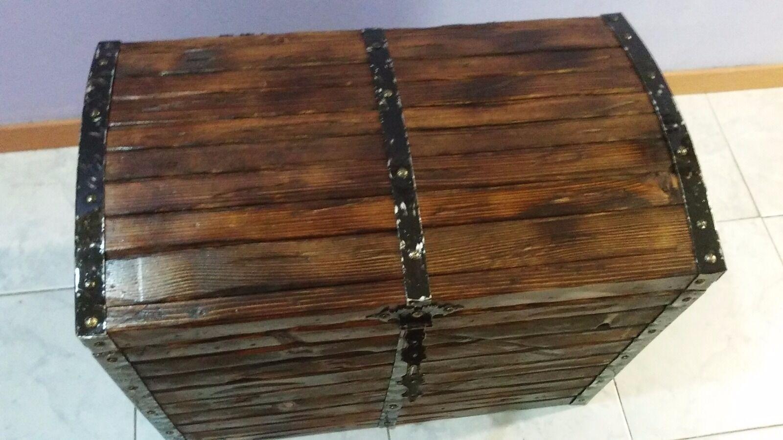 Realizzazione su misura baule panca contenitore in legno for Baule panca