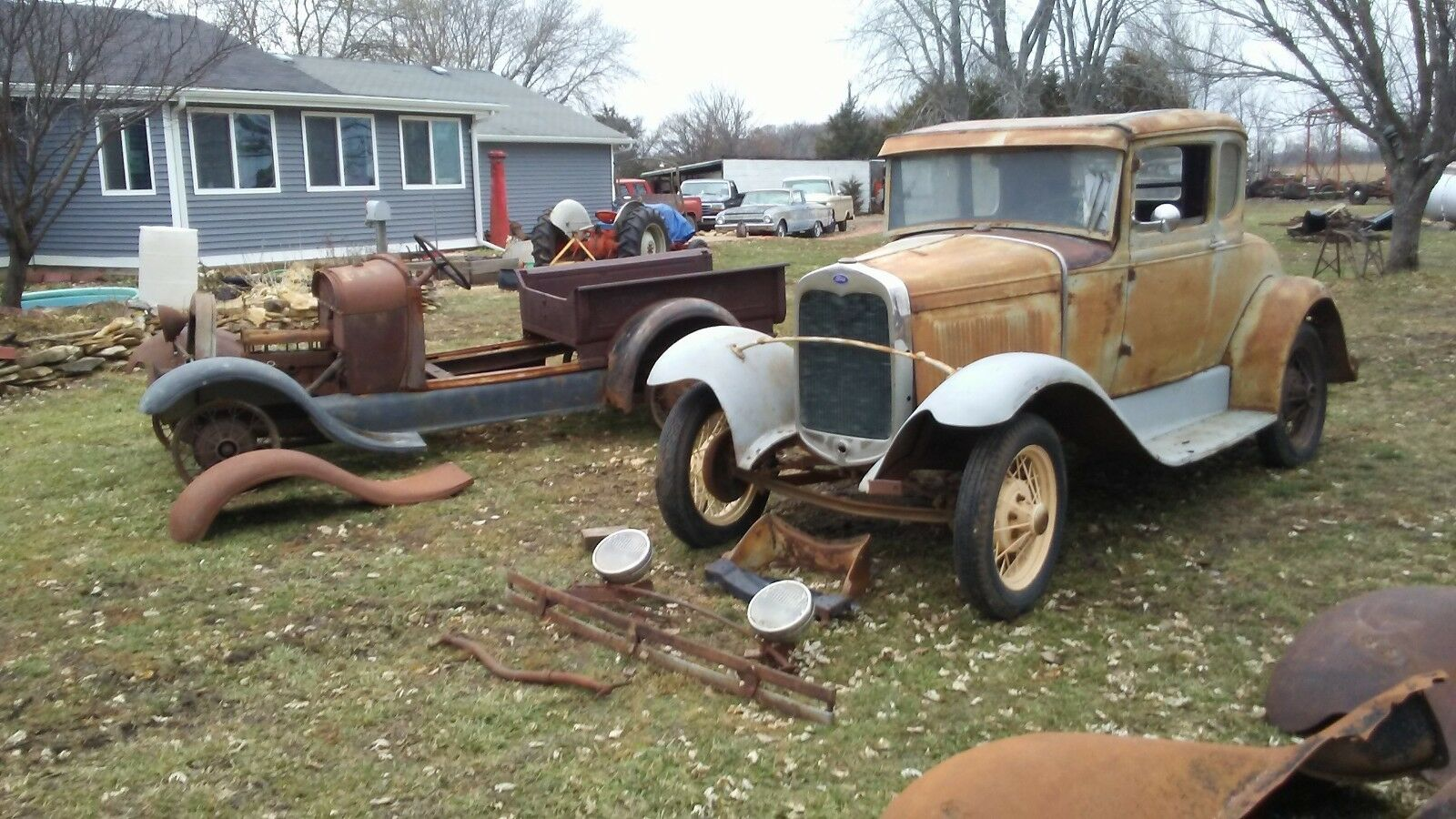 1930 Ford Model A  1930 Ford Model A coupe #s matching & 1929 A rdst pickup projects