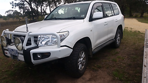 08 sahara 200 series exc cond twin turbo v8 diesel Traralgon Latrobe Valley Preview