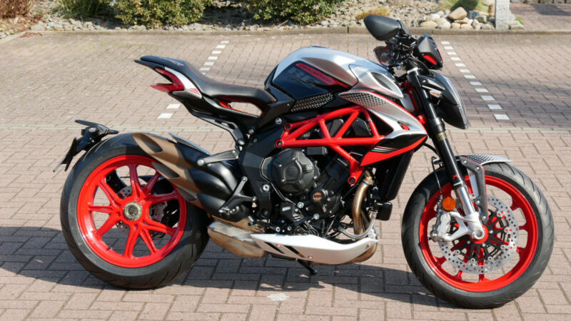 MV Agusta DRAGSTER 800 RC SCS #18/200