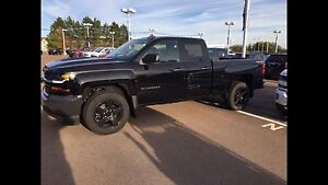 2016 Chevrolet Silverado 1500 - Almost New!