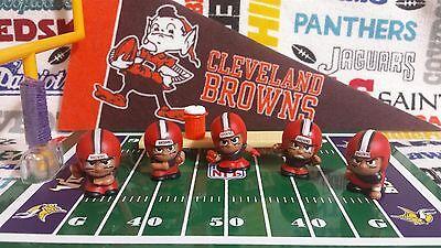 7-piece NFL Teenymates Cleveland Browns *ORANGE PANTS* figure & accessory (Browns Cleveland Browns Accessories)