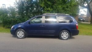 2008 Kia Sedona EX FULLY LOADED LEATHER ROOF DVD 1OWNER LOW KMS