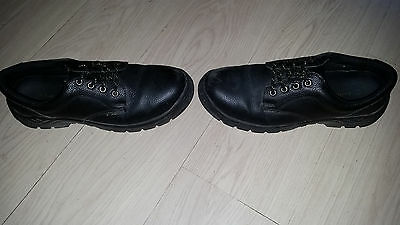 Earth works,Building site,Construction,Health and Safety boots Mens size 11-12,,
