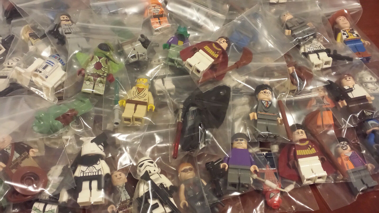 Re-Brick: A Minifigure Resale Shop