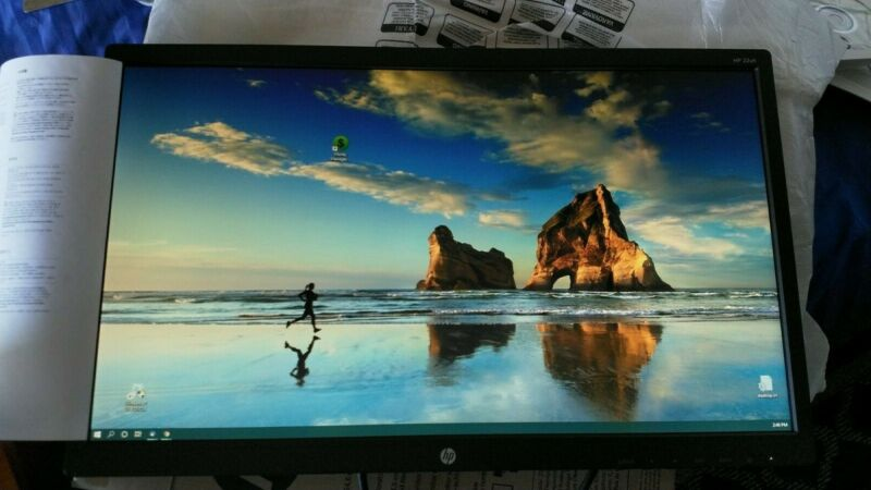 "HP 21.5"" LED HD Monitor Black 22uh"