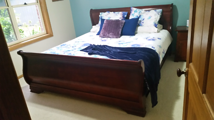 King sleigh bed and mattress