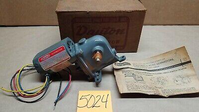 Dayton 2z800a Ac Dc Right Angle Gear Motor 115 Hp 115 Volts 115v 21-66 Rpm