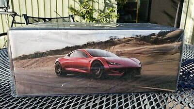 Official Genuine Tesla Roadster 1/18 Scale Diecast Car Model Collectible Toy RED