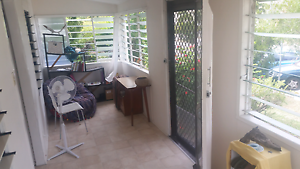 Cute room in towsville city North Ward Townsville City Preview