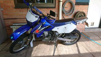 2005 DRZ400s