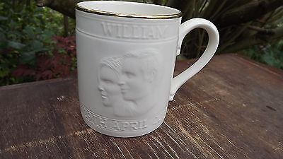 2011 Wedding of Prince William Poole Pottery White tankard with profiles