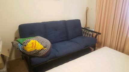 3 seater futon