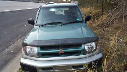 MITSUBISHI PAJERO IO WAGON 1999 WRECKING VEHICLE S/N V6868 Campbelltown Campbelltown Area Preview
