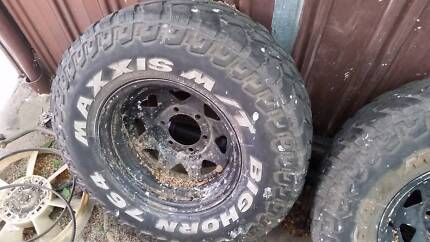 "31"" inch mud tyres maxxis nissan toyota hilux patrol 4x4 4wd Pascoe Vale Moreland Area Preview"