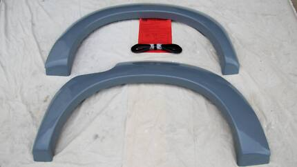 Toyota Hilux 05 - 15 DC Rear Wheel Arch Flares Unpainted