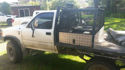 Ln106 toyota hilux 1995 Greendale Moorabool Area Preview
