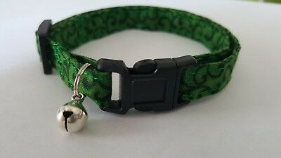 Green and Black Vines Breakaway Cat/Small Dog Collar w/bell
