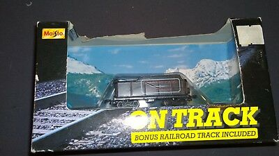 MAISTO ON TRACK TRAIN PIECE COAL CAR detailed die cast