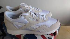 REEBOK Classic Nylon Sneakers White/Light Gray Women 9 (US) Woolooware Sutherland Area Preview