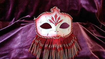 Marti Gras Masks (NICE!! VINTAGE BEADED WOMANS MASQUERADE MASK / MARTI GRAS *RED*             )
