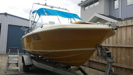 Caribbean Safari 5.1m (17ft) registered boat & trailerc