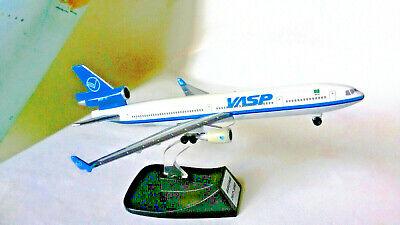 AEROPLANO VASP MODELLINO BOEING 767 CON PIEDISTALLO ORIGINALE