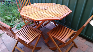 4 Seater Wooden Table and Chairs. Rutherford Maitland Area Preview