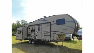 2015 Forest River Rockwood Signature Ultra Lite 8281WS -