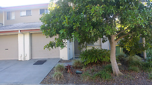 Share accommodation town house Browns Plains Logan Area Preview
