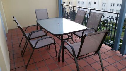 6 seater outdoor table  Rozelle Leichhardt Area Preview