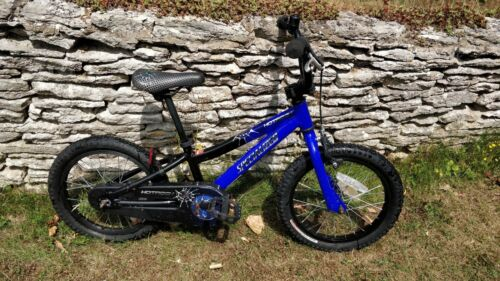 Specialized Hotrock 16 Kids Bike - Great condition - Suitable for ages 4-7 years