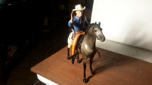 "Hartland ""TOM JEFFORDS"" of BROKEN ARROW w/Horse/  Saddle  /Hat / Western"
